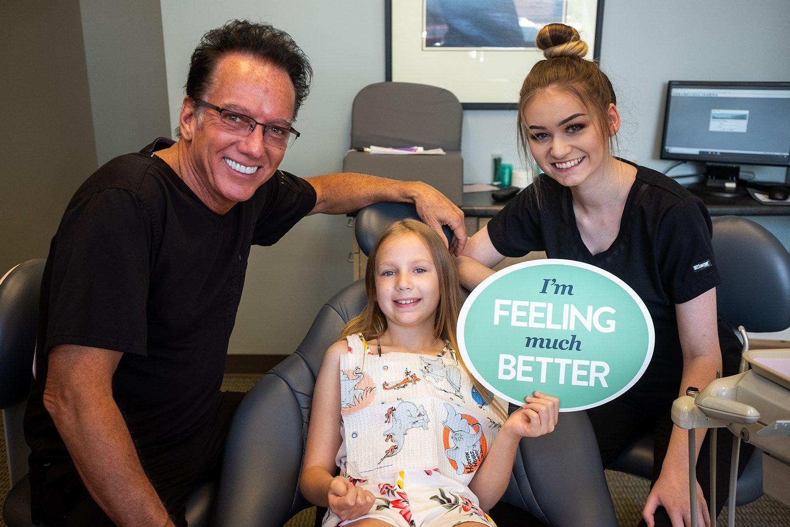 rockford dentist dr. hansen with pediatric patient