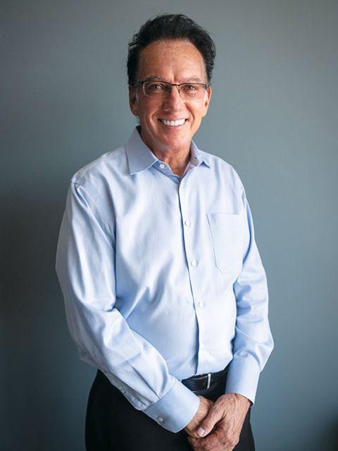 best dentist in Rockford Dr Hansen