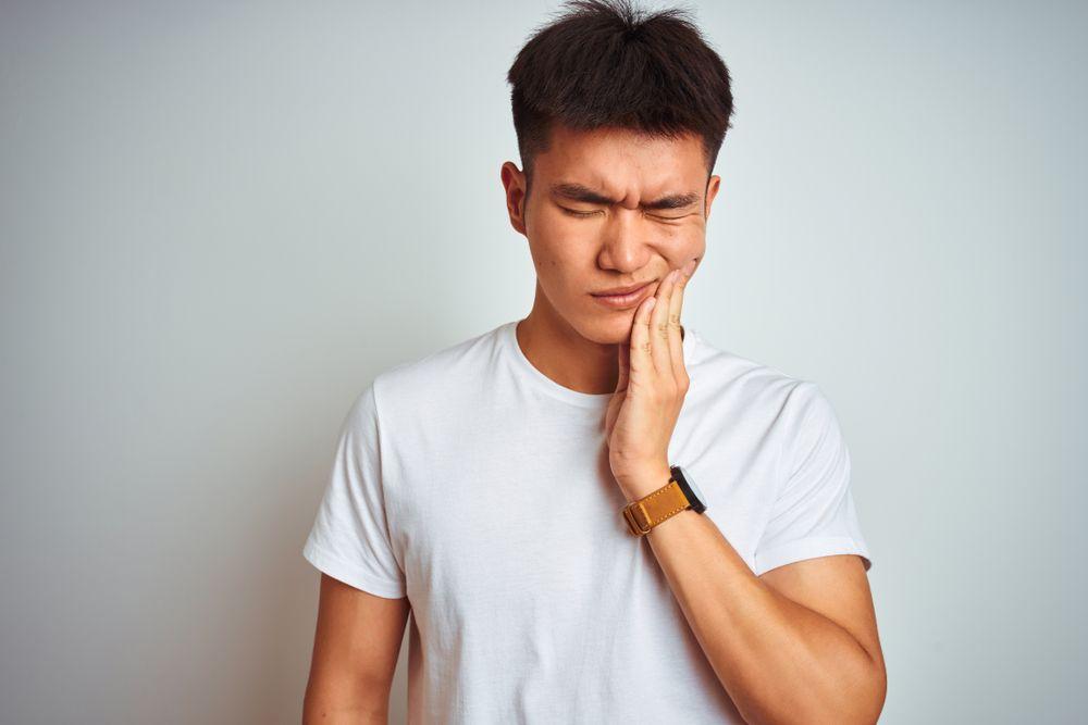 urgent-dental-care-patient